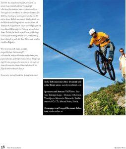 Dominik Raab fährt über ein Stahlseil